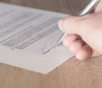 contrato traductor juridico